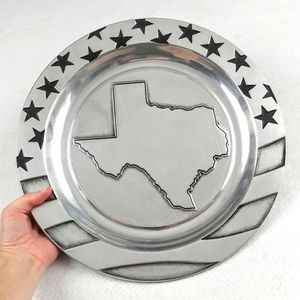 Wilton Armetale Stars & Stripes Large Round Texas